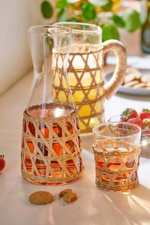 Woven Basket Sleeve Glass Drinkware