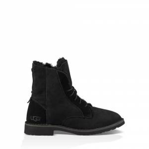 UGG Women's Quincy Boot Sheepskin