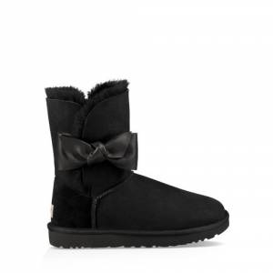 UGG Women's Daelynn Boot Sheepskin
