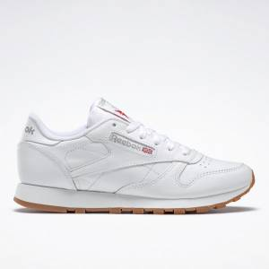 Reebok Women's Classic Leather Lifestyle Shoes in White / Gum