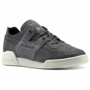 Reebok Workout LO DCN Foil Women's Fitness Shoes in Ash Grey / Chalk