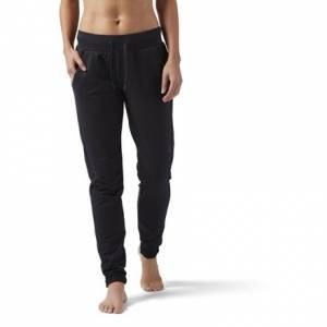 Reebok Training Supply Slim Jogger Women's Training Sweatpants in Black