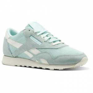 Reebok Classic Nylon Mesh Women's Retro Running Shoes in Mist / Chalk