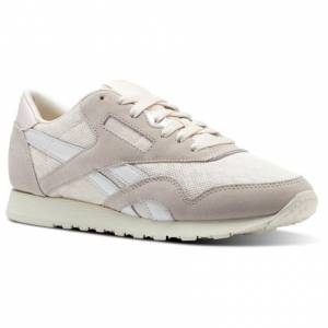 Reebok Classic Nylon Cold Pastel Women's Retro Running Shoes in Pale Pink