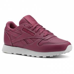 Reebok Women's Classic Leather Retro Running, Lifestyle Shoes in Twisted Berry
