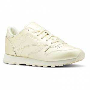 Reebok Classic Leather Women's Retro Running, Lifestyle Shoes in Washed Yellow