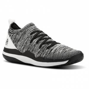 Reebok Ultra Circuit TR Ultraknit Women's Studio Shoes in Black / White