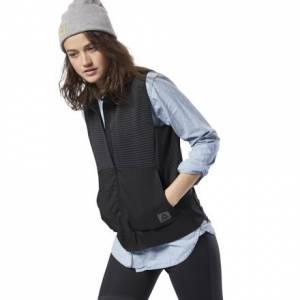Reebok Women's Running Thermowarm Deltapeak Vest in Black