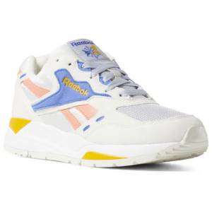 Reebok Unisex Retro Running Shoes Bolton Essential in Chalk