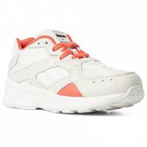 Reebok Aztrek x Gigi Hadid Unisex Retro Running Shoes in Chalk