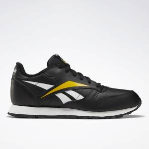 Reebok Classic Leather Kids Lifestyle Shoes in Black