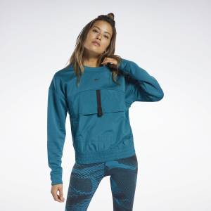 Reebok Women's Training Midlayer Crew Sweatshirt in Teal