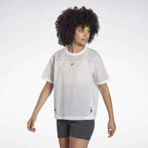 Reebok Night Run Women's Running Woven Shirt in White