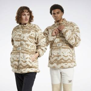 Reebok Unisex Classics Winter Escape Reversible Jacket in Alabaster