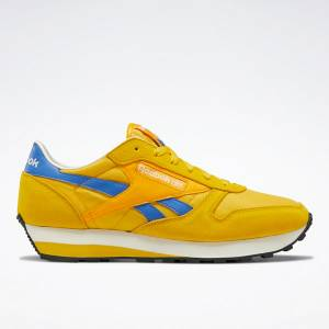Reebok Classic Leather AZ Unisex Shoes in Yellow