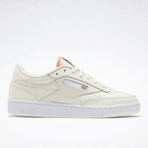 Reebok Club C 85 Women's Court Shoes in Classic White / Pink