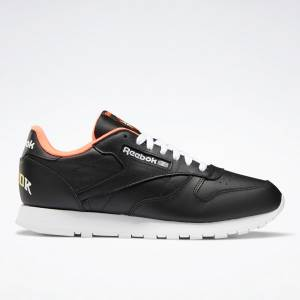 Reebok Classic Leather Men's Running Shoes in Black / Orange