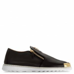 Giuseppe Zanotti - COOPER - Black Nappa Leather Men's Loafer With Metal Tip