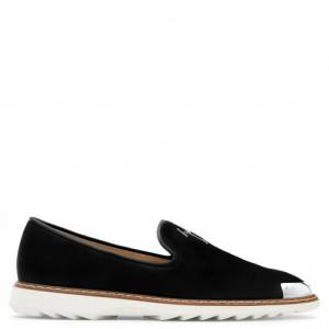 Giuseppe Zanotti - CEDRIC - Black Suede Men's Loafer With Metal Tip