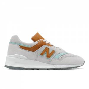 New Balance Made in USA 997 Unisex Lifestyle Shoes - Grey (M997BB1)