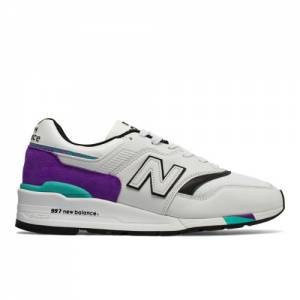 New Balance 997 Made in US Men's Made in USA Shoes - Light Grey (M997WEA)