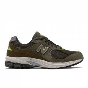 New Balance 2002R Men's Lifestyle Shoes - Green (ML2002RG)