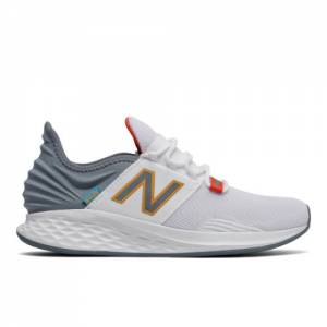 New Balance Fresh Foam Roav Men's Running Shoes - White / Grey (MROAVCH)