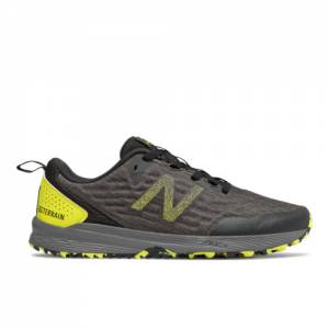 New Balance NITREL v3 Men's Trail Running Shoes - Black / Yellow (MTNTRCS3)