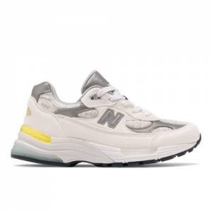 New Balance Made US 992 Women's Lifestyle Shoes - White (W992FC)