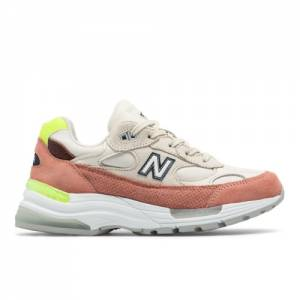 New Balance Made in USA 992 Women's Lifestyle Shoes - Off White (W992IWD)