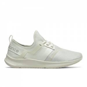 New Balance NB Nergize Sport Women's Sport Style Shoes - Off White (WNRGSLD1)