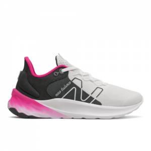 New Balance Fresh Foam Roav v2 Women's Running Shoes - White / Black (WROAVSW2)