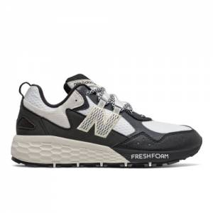 New Balance Fresh Foam Crag v2 Women's Trail Running Shoes - White / Black (WTCRGLW2)