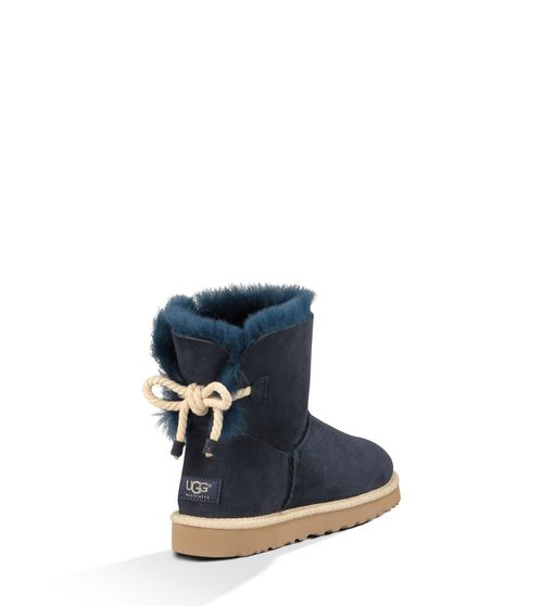 UGG Women's Selene Sheepskin